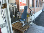 Technogym, Arm Curl, Selection Line, Farbe silber, Polster hellblau,